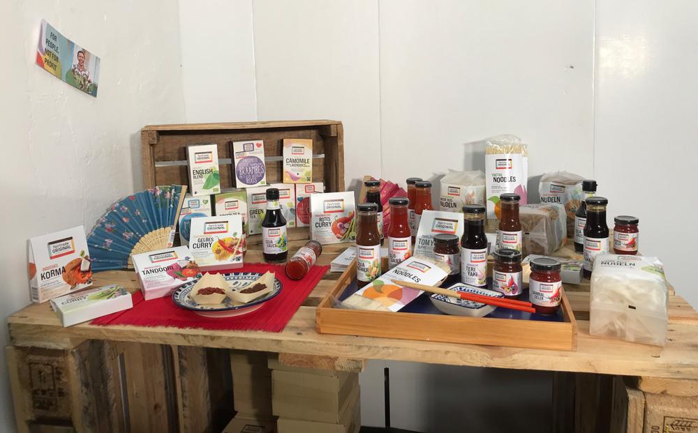 FairtradeOriginal-Tischchen.jpg